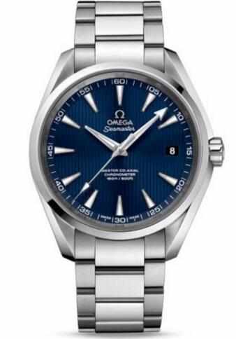 As one of the most representative watches, this fake Omega watch adopted the iconic blue teak dial, showing the sporty and well-matched style.