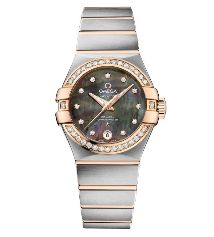 Upon the charming Tahitian mother-of-pearl dial, this diamonds bezel fake Omega watch specially sets a calendar at 6 o'clock position, providing more convenient time display.