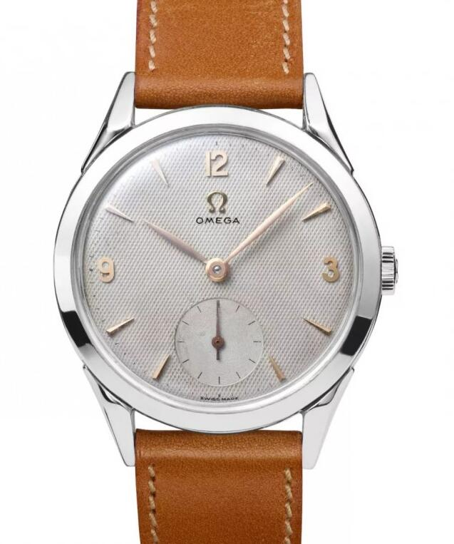 This Omega with elegant design is much more suitable for casual occasion.