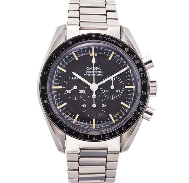 The Speedmaster has been equipped with the calibre 321.