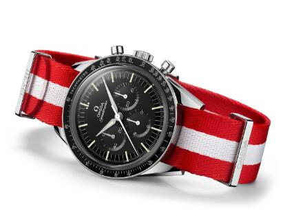 The Speedmaster has been favored by numerous watch lovers by the legendary story of moon landing.