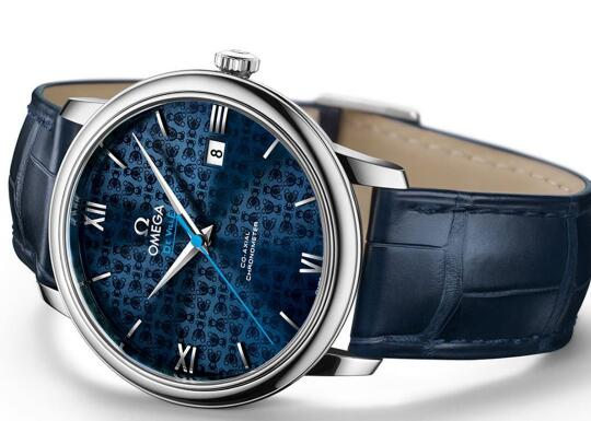 Omega De Ville perfectly interprets what the modern elegance should be.